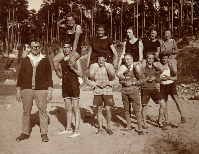 Public displays of exercise routines were popular in the 20s and 30s.